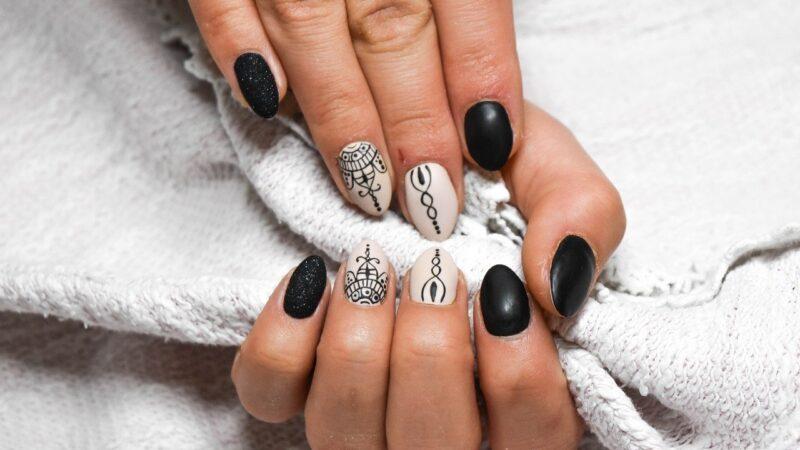 Kreatywne i fantazyjne paznokcie w zasięgu ręki