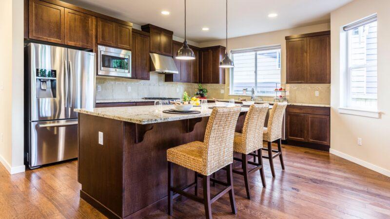 Lodówko-zamrażarka do zabudowy Whirlpool – nowoczesna technologia w Twojej kuchni