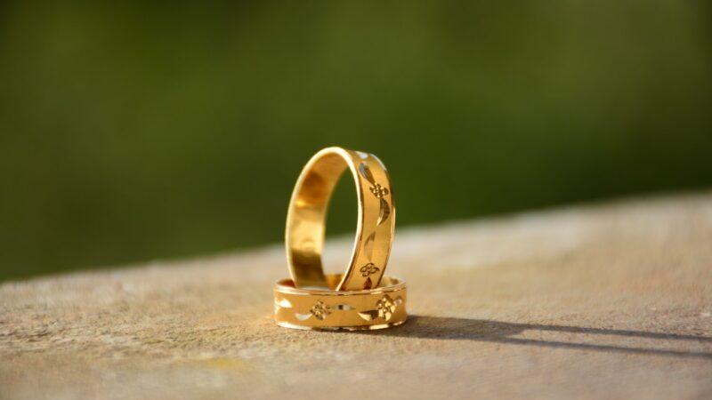 Czy biżuteria nadal jest modnym prezentem?