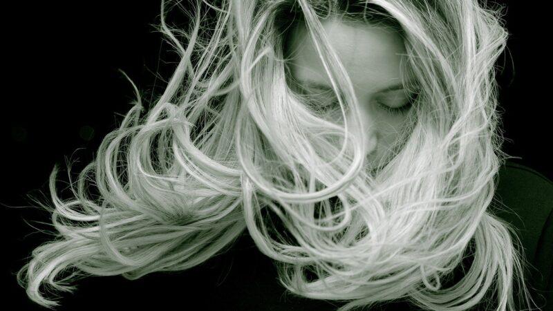 Włosy. Odpowiednio wypielęgnowane, odpowiednio piękne