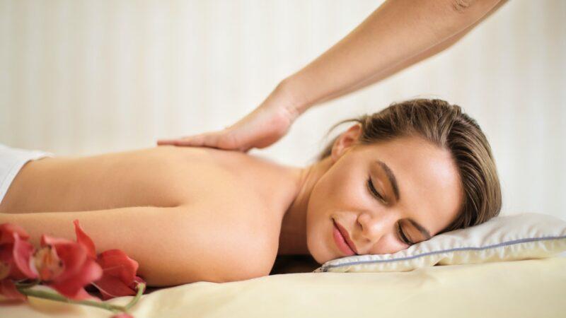 Relaks, rozluźnienie mięśni lub usuwanie cellulitu. To efekty dobrego masażu ciała w Łodzi